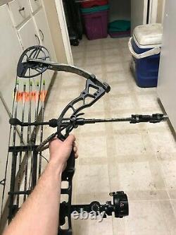 Toxik Xt Redhead Hunting Bow Avec Extras